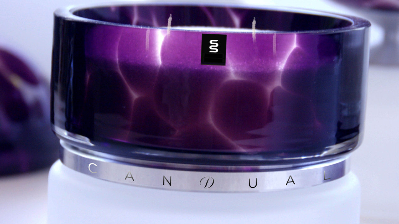 Cracked Frozen & Deep Purple - Size : 112mm / Wax Weight : 2kg / Burning Hours (Dual + Free Refill) : 220