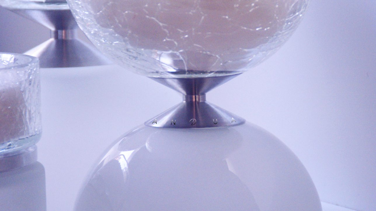 Cracked Glass & Glossy effect - Di150 - Size : 173mm / Wax Weight : 2.5kg / Burning Hours (Dual + Free Refill) : 280